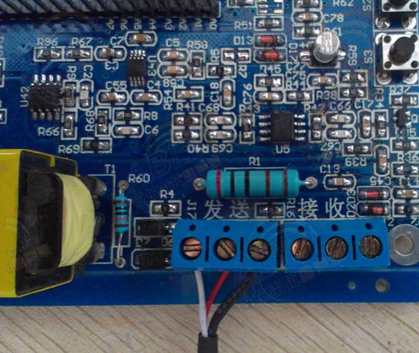 """2.三芯的超声波换能器跟开发板接线 只要超声波换能器信号线中的红色线接""""发送""""这里的中间端子,黄色线接""""发送""""这里的右边端子,白色线接""""发送""""这里的左边端子。  3.三芯的超声波换能器跟开发板接线 只要超声波换能器信号线中的红色线接""""发送""""这里的中间端子,黑色线接""""发送""""这里的右边端子,白色线接""""发送""""这里的左边端子。  二、开发板波形查看说明 测量开发板时,接"""